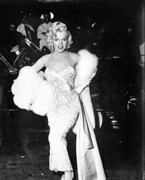 Marilyn-Monroe-How-To-Marry-A-Millionaire-Premiere