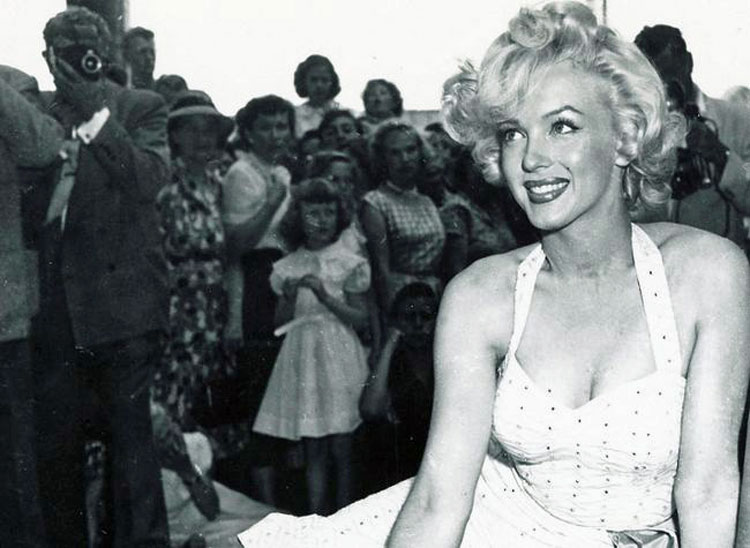 Citaten Marilyn Monroe Movie : Marilyn monroe free stock photos pictures in stitches