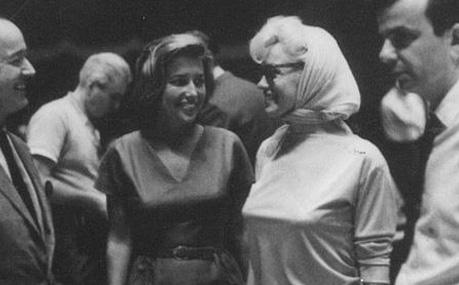 Marilyn-Monroe-Pat-Newcomb