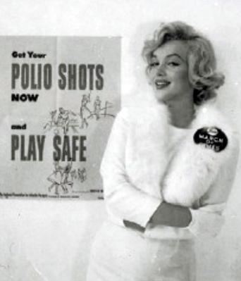 Marilyn-Monroe-White-Fox-Furs-5