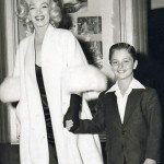 Marilyn-Monroe-White-Fox-Furs-6