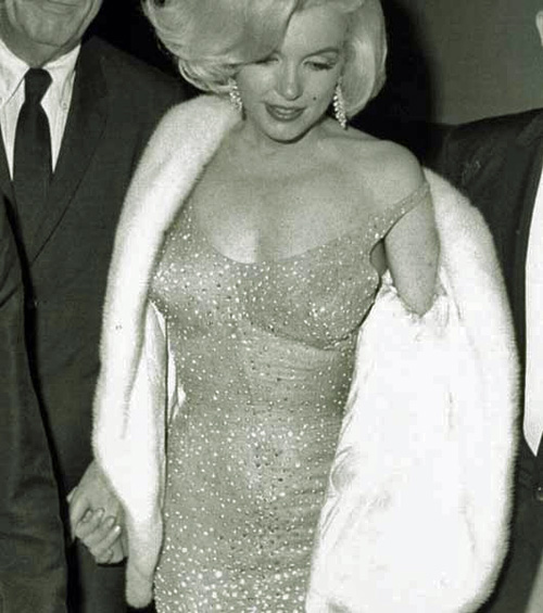http://themarilynmonroecollection.com/wp-content/uploads/2013/03/the-personal-property-of-marilyn-monroe-the-happy-birthday-mr-president-dress-6.jpg