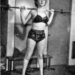 Marilyn-Monroe-Weights-5