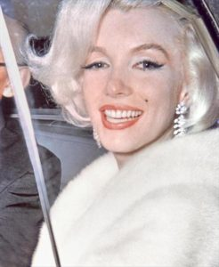 marilyn-monroe-collection-anna-strasberg-exclusive-interview-8