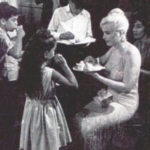 marilyn-monroe-1960-birthday-party-lets-make-love-5