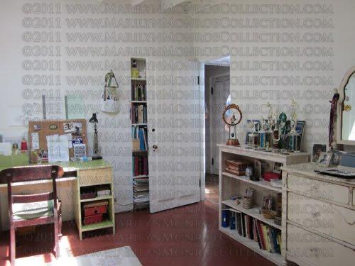 Merveilleux Note That The Bedroom Door, Bathroom Door And Closet Door Are The Same  Actual Doors That Were In The Room When Marilyn Owned The Home.