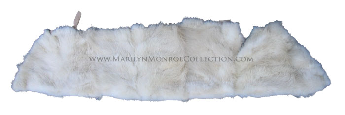 Marilyn-Monroe-Marten-Fur-Collar