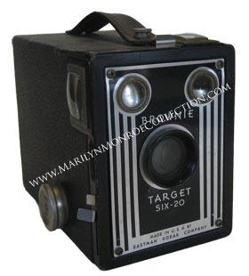 Marilyn-Monroe-Personal-Kodak-Brownie-Camera